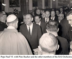 Pino Rucher - Pino Rucher is given a medal by Pope Paulus VI