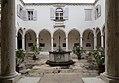 Pirano, san francesco, chiostro 01.jpg