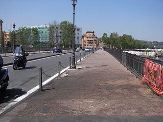 Ponte Palatino.jpg