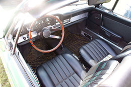 Porsche 912 1968 Targa Cockpit FOSSP 7April2013 (14586989525).jpg