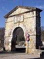 Porte du pont de Saint-Martory (31).JPG