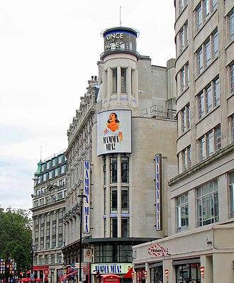 Prince of Wales Theatre - Prince of Wales Theatre showing Mamma Mia!