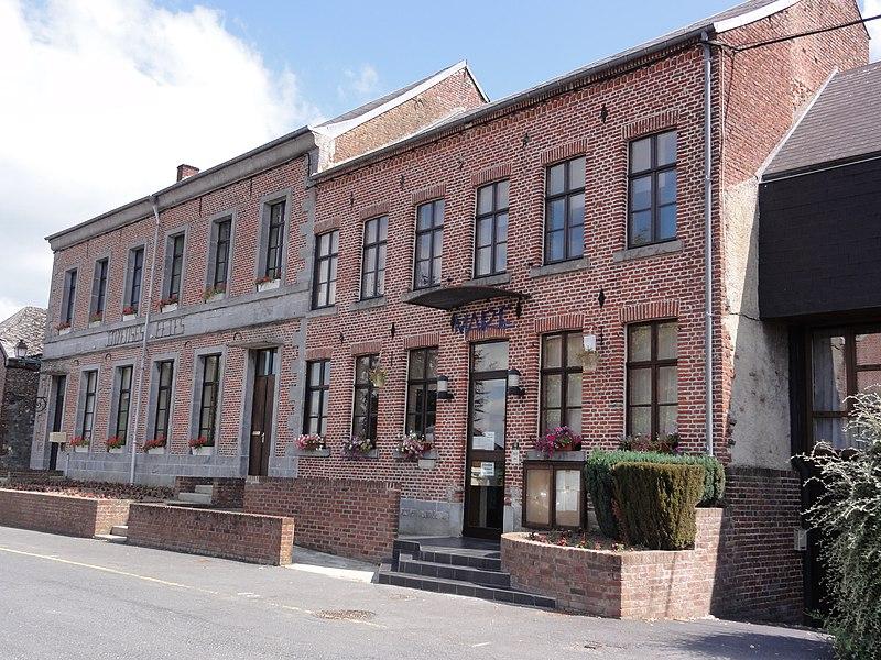 Prisches (Nord, Fr) mairie