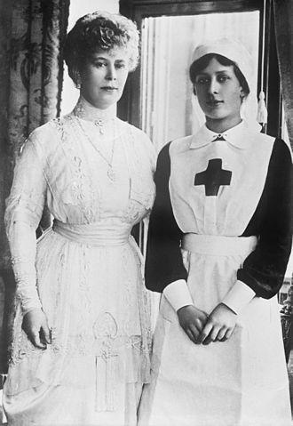 Mary, Princess Royal and Countess of Harewood - The Princess with her mother Queen Mary during the First World War
