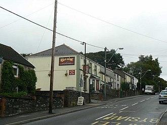 Llwydcoed - Red Cow Pub