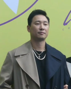Rhymer at Seoul Fashion Week on October 15, 2019 01.png