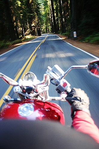 Avenue of the Giants - Image: Riders POV in Avenue of the Giants, California