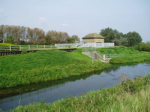 Bourne Eau - The pumping station at Tongue End, which replaced the former sluice between Bourne Eau and the River Glen.