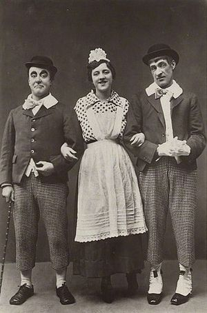 The Bing Boys Are Here - Robey (left), Violet Loraine and Alfred Lester in a publicity shot for the show