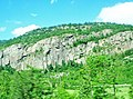 Rocky cliff next to highway 87 - panoramio.jpg
