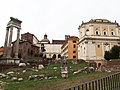 Roma, Tempio di Apollo Sossiano e Santa Rita da Cascia.jpg