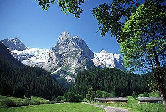 Schattenhalb - Rosenlaui glacier and the Reichenbachtal in Schattenhalb