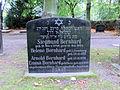 Rostock Lindenpark Gedenkstein Arnold Bernhard 2011-10-07.jpg