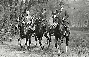 Joseph Roth - Joseph Roth (right) with Friedl (centre) and an unknown person on horseback