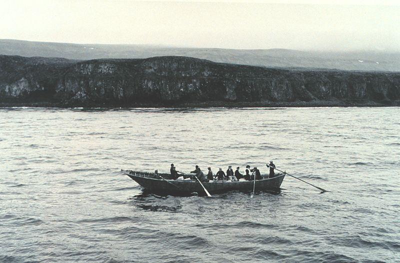 Rowing Baidara St George Is line1700.jpg