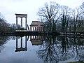 Ruinenberg-03-Monopteros und Säulen.jpg