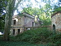 Ruiny dworu z pocz. XIX w. w Parcicach.JPG
