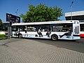 Ruzyně, letiště, autobus AE Railjet u závory.jpg