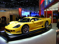 A yellow Saleen S7 at the Salon de Genève 2004