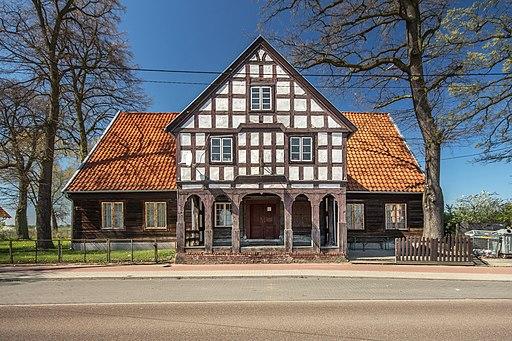 SM Nowy Staw Gdańska 11 Dom podcieniowy (1) ID 636867