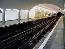 Saint-Paul LM métro 01.jpg