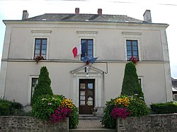 Saint-Sauveur-de-Flée mairie.JPG