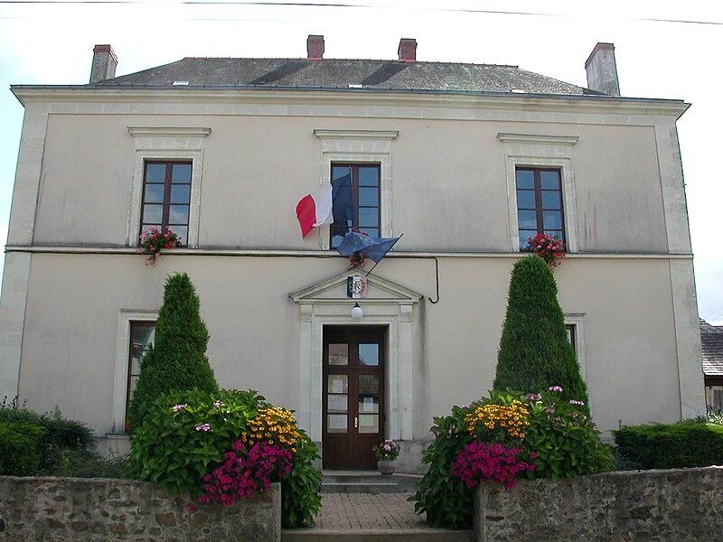 Town hall of Saint-Sauveur-de-Flée