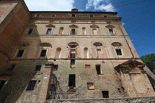 Villa Petrucci, Santa Colomba, frazione di Monteriggioni