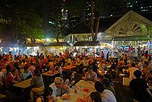 bancarelle satay lungo Boon Tat strada adiacente al mercato Telok Ayer, meglio conosciuto come Lau Pa Sat