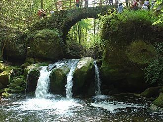 Black Ernz - Schiessentümpel waterfall
