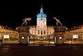 Schloss-Charlottenburg-Nacht.jpg