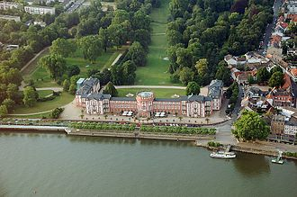 House of Nassau-Weilburg - Image: Schloss Biebrich fg 01