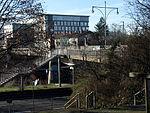 Schnewlinbrücke über die Dreisam und B 31a in Freiburg, Blick nach Südwesten 2.jpg