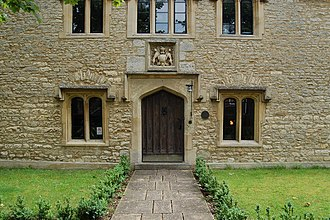 Thame - Entrance of the original grammar school building, completed in 1569