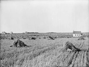 Morden, Manitoba - A school house from before 1923.