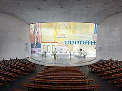 Schoren Church Interior.jpg