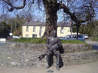 Naul, Dublin - Seamus Ennis statue