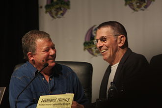 Mind Meld - Image: Shatner Nimoy Laugh Dragon Con 2009