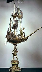 Ship-shaped vessel.jpg