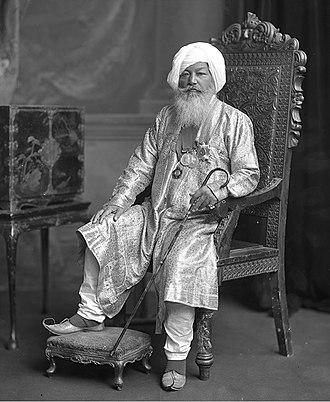 Khem Singh Bedi - Sir Baba Khem Singh Beda (or Bedi) of Kullar (1830-1905), photographed in London in 1902