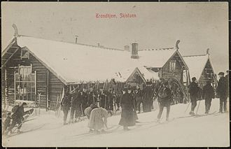Bymarka - Cross country skiing has for a long time been popular among the Trondheim population. There are several manned cafees in traditional cabin style in Bymarka.