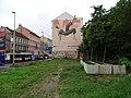 Smíchov, Plzeňská 20, betonové květináče.jpg