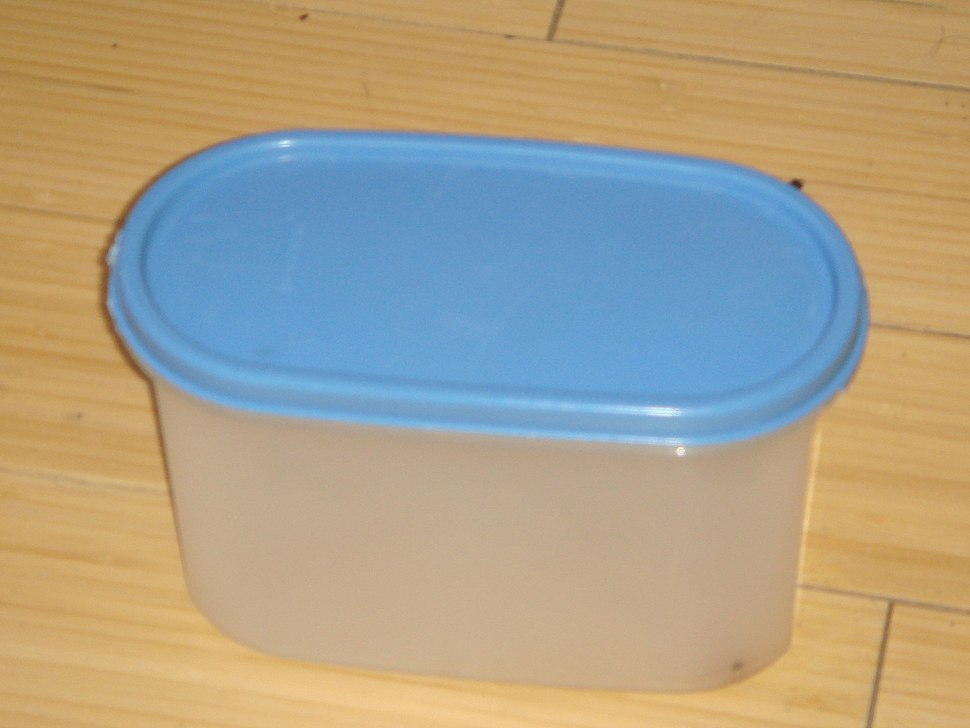 Small authentic tupperware