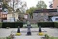 Sowjetisches Denkmal Hohen Neuendorf komplett.jpg