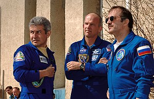Marcos Pontes - Astronauts Marcos Pontes and Jeffrey N. Williams (center), and cosmonaut Pavel V. Vinogradov, take a break from their training at the Cosmonaut Hotel in Baikonur, Kazakhstan, days before their launch on a Soyuz spacecraft.