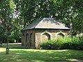 St. Paul's Church, Deptford - charnel house - geograph.org.uk - 1498628.jpg