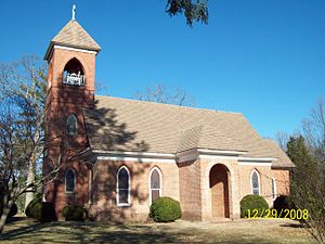 St. Thomas' Church (Upper Marlboro, Maryland) - Image: St Thomas Side Dec 08