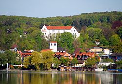 The town of Starnberg with the castle in the background