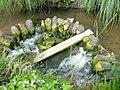 Stone weir at Bridgend - geograph.org.uk - 1491.jpg