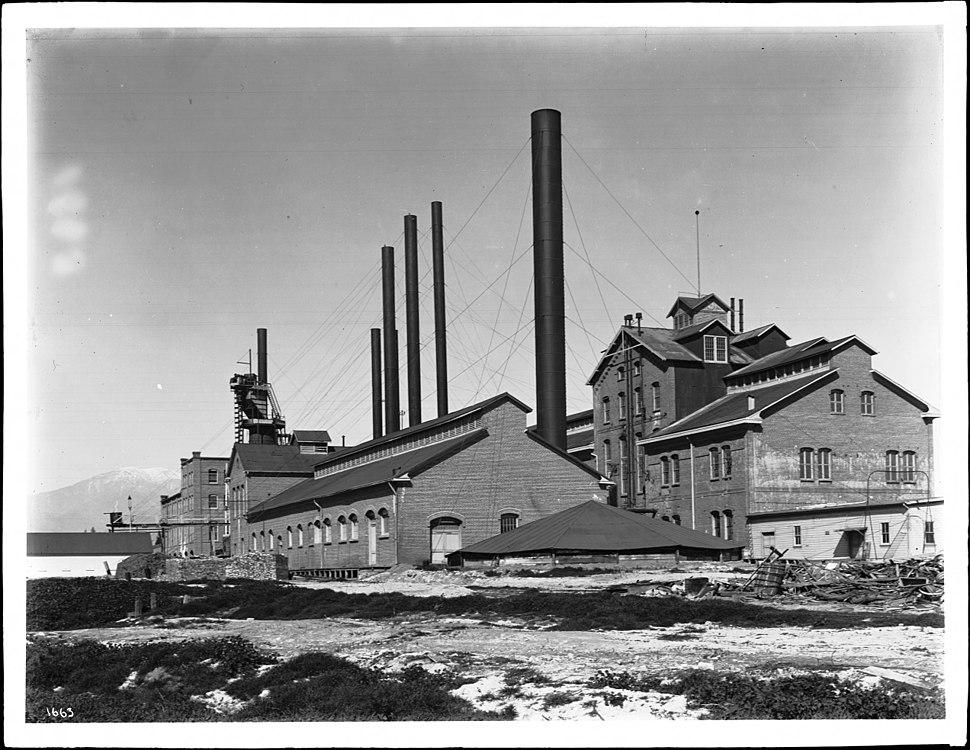 Sugar factory in Chino, California, ca.1906 (CHS-1663)